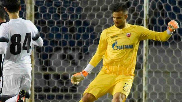 Brankář Filip Manojlovič svlékl dres CZ Bělehrad a zamířil do Španělska.