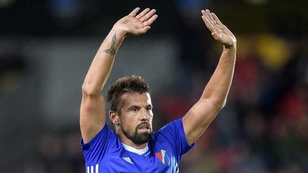 Milan Baroš z Baníku Ostrava během utkání na Spartě.