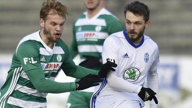 Zleva Matěj Pulkrab z Bohemians a Milan Jirásek z Boleslavi.