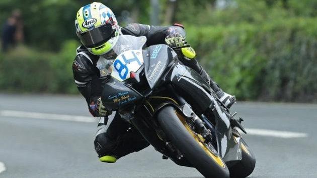 Adam Lyon nepřežil nehodu na letošní Tourist Trophy