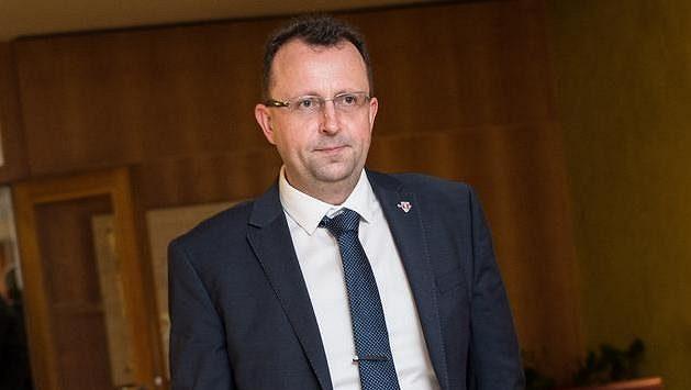 Kandidát na předsedu FAČR Martin Malík během valné hromady.