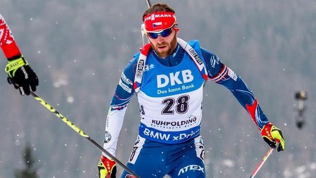 Michal Šlesingr během závodu s hromadným startem v Rupholdingu.