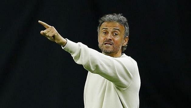 Trenér Španělů Luis Enrique při utkání s Kosovem.