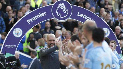 Rozbitá trofej? Internetem se šíří video naznačující, že Citizens zničili pohár pro vítěze Premier League