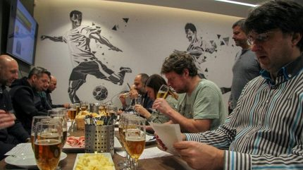 Vítězství v pivní Lize mistrů zůstalo v Plzni! Degustátor Horváth věří v postup Viktorie