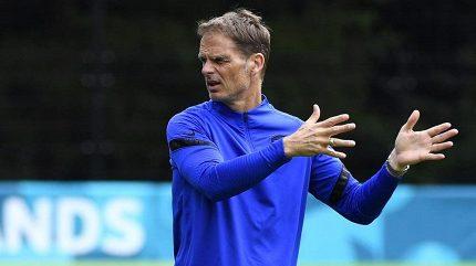 Nizozemský kouč De Boer dostal další vzkaz z nebes k taktice
