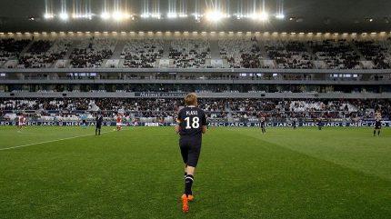 Dojemné loučení. Plašil po posledním zápase v Bordeaux opouštěl trávník v slzách