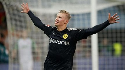 Premiéra jako hrom! Haaland při premiéře za Dortmund dal hattrick za 20 minut