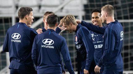 Čeští fanoušci za den vyprodali vstupenky do Wembley, fandit jich bude téměř šest tisíc