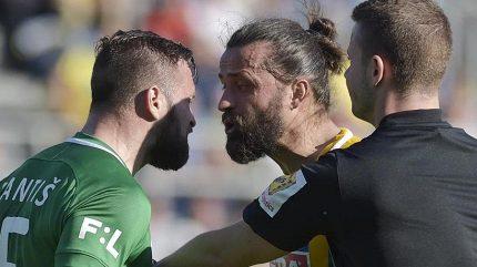 Sudí Orel chybně uznal gól Příbrami, poté jí upřel penaltu
