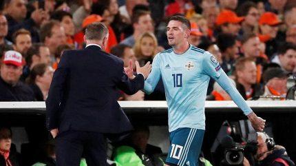Kouč Severních Irů ještě v Praze rozdýchával prohru s Oranje: Nehráli jsme u nich, abychom pobavili Koemana