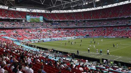 Boj o evropský titul bude moct ve Wembley sledovat až 45 tisíc diváků