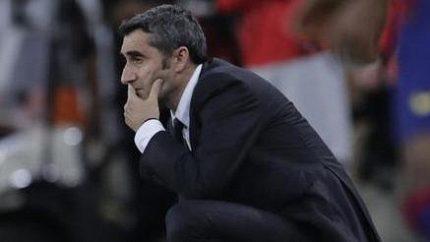 Valverdeho je mi líto, řekl trenér Realu Zidane o vyhozeném kouči Barcelony