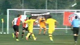 Nádherný fotbalový moment v podání útočníka FC Bruggy.