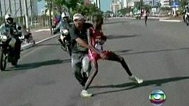 Keňského běžce napadl při maratónu v Brazílii divák