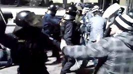 Policejní zákrok na fanoušky Hradce Králové