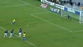 Zahozená penalta Neymara.