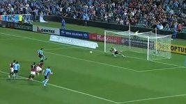 Gól Del Piera z penalty