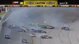 Nehoda NASCAR