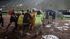 Nepokoje na stadiónu v Dakaru
