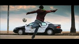 David Villa v reklamě na Need for Speed