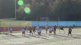 Jednonohý fotbalista s berlemi vstřelil gól