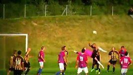 Parádní gól brankáře