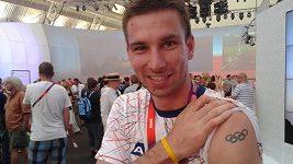 Sportovci z celého světa mají na těle vytetované olympijské kruhy