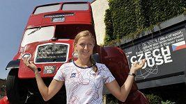 Na atrakci výtvarníka Davida Černého se přišla se zájmem k Českému domu v Londýně podívat i tenistka Petra Kvitová