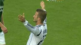 Dalekonosná trefa Davida Beckhama