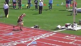 Běžkyně pomohla soupeřce při závodě - podepřela ji a ještě ji nechala projít cílem jako první