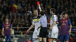 vyloučení Johna Terryho v zápase s Barcelonou