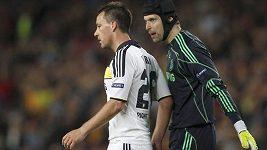 zákroky Petra Čecha v zápase s Barcelonou