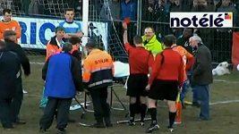 Vážně zraněný hráč dostal červenou kartu