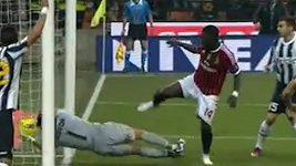 Neuznaný gól AC Milán