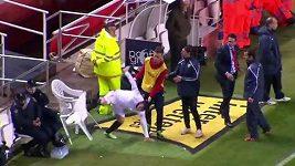 Reakce Garyho Medela po vyloučení v duelu s Atlétikem Madrid.