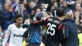 Brankář Barcelony Valdés řádil po prohře s Realem
