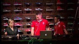 Fotbaloví reprezentanti jako DJ