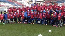 Malí fotbalisté v Olomouci trénovali po boku reprezentantů