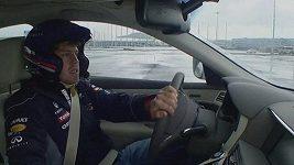 Vettel se projížděl po budoucím okruhu v Soči