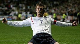 Nejlepší góly Davida Beckhama.