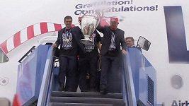 Návrat fotbalistů Bayernu do Mnichova.