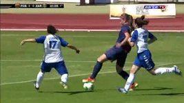 Fotbalistka Barcelony Alexia předvedla nádhernou kličku