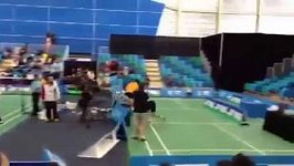 Badmintonista zaútočil na svéh protihráče