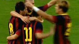 Barcelona uskutečnila před gólem 36 přihrávek