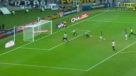 Krásná kombinační akce v brazilské lize