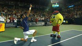 Novak Djokovič zatancoval na Rogers Cupu po vítězství nad Florianem Mayerem.