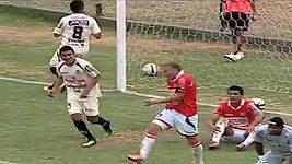 Vlastní gól Joaquína Lencinase rozhodl zápas v peruánské lize.