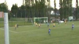 Nádherný gól v podání mladého norského fotbalisty.