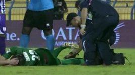 Zlomená noha v katarské lize